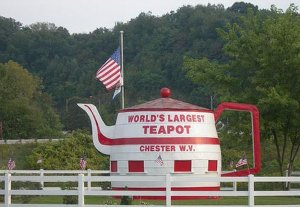 Worlds_Largest_Teapot_Chester_WV rebuilt