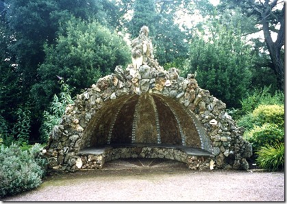 cornwall grotto seat